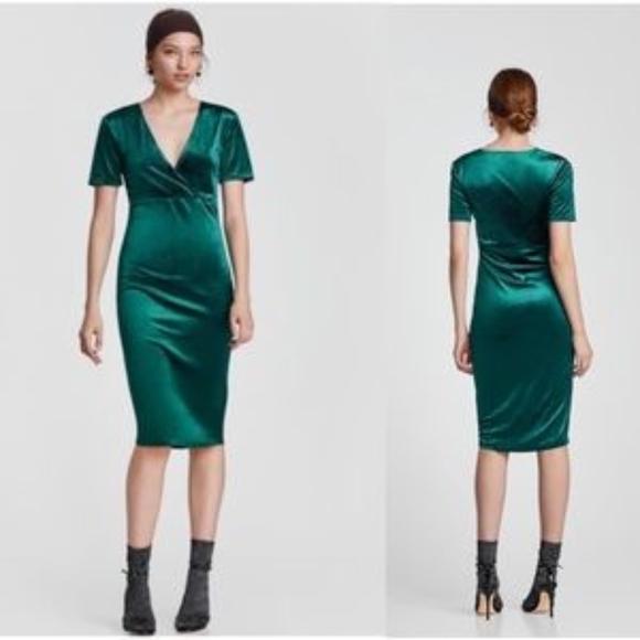 a76a544e02bde Zara Green Velvet Midi Dress in Emerald. M_5a86054ba6e3eae4bf75d1b0